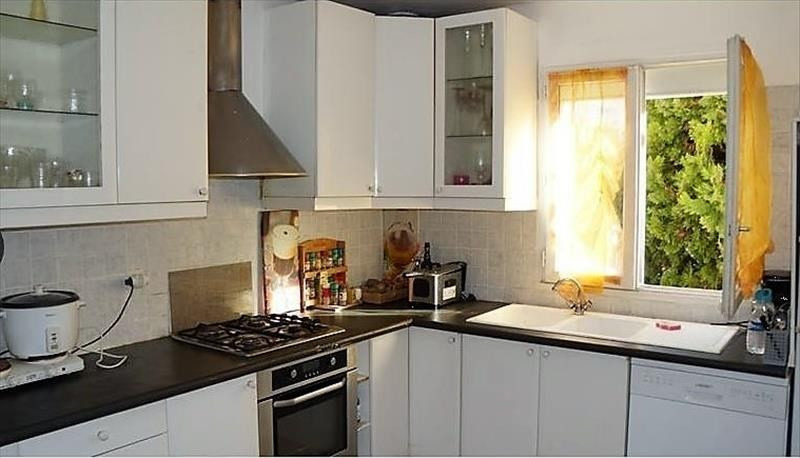Sale house / villa Taverny 399000€ - Picture 2
