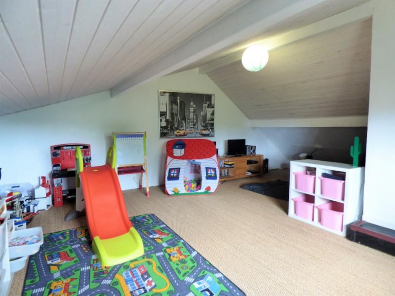 Sale house / villa Saint loubes 400000€ - Picture 9