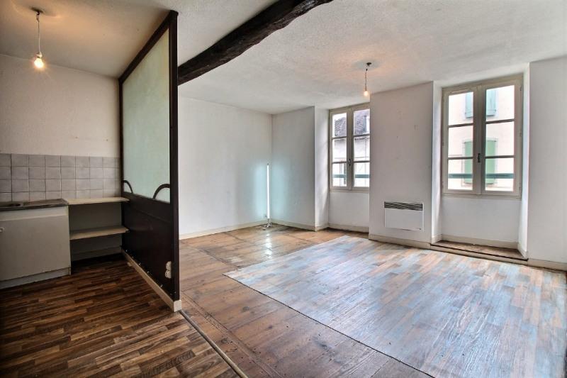 Sale apartment Oloron sainte marie 74000€ - Picture 1