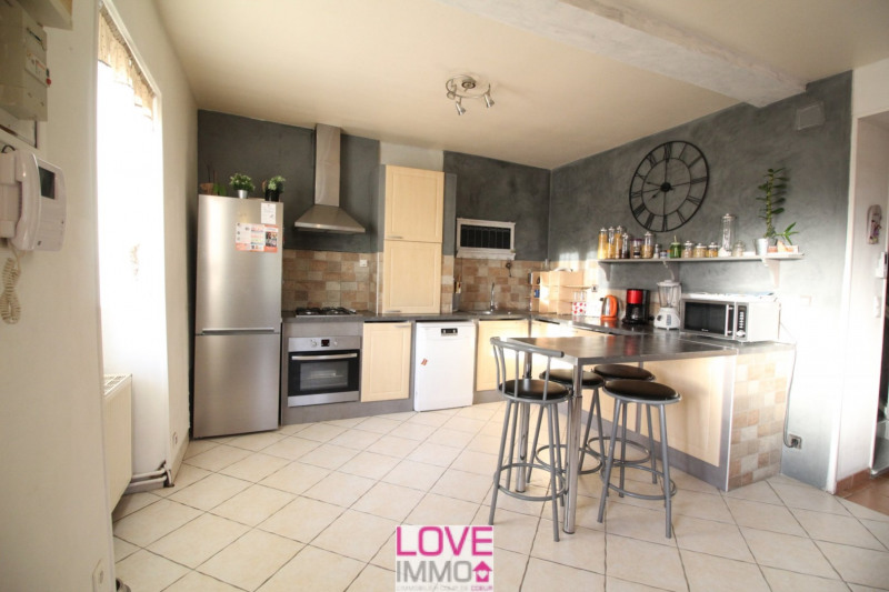 Vente maison / villa La tour du pin 215 000€ - Photo 3