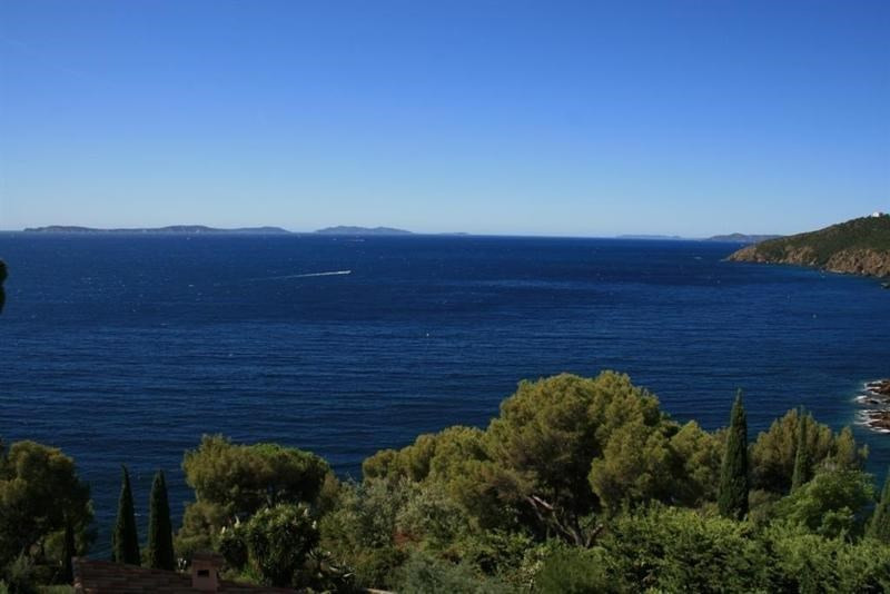 Location vacances appartement Cavalaire 700€ - Photo 2