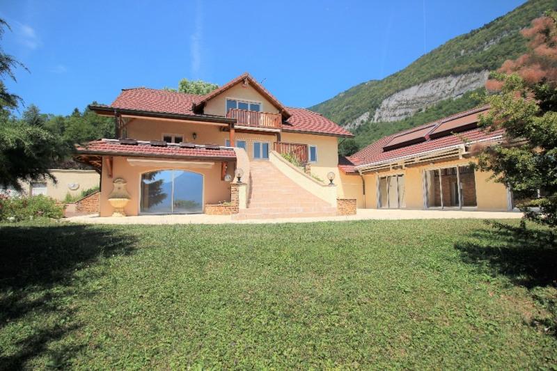 Deluxe sale house / villa Nances 695000€ - Picture 1