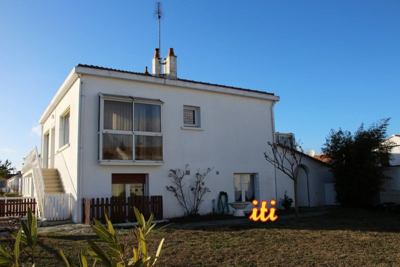 Sale house / villa Les sables d'olonne 346 000€ - Picture 1