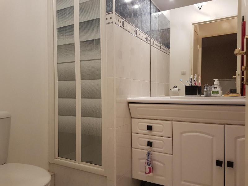 Alquiler  apartamento Aix en provence 750€ CC - Fotografía 6