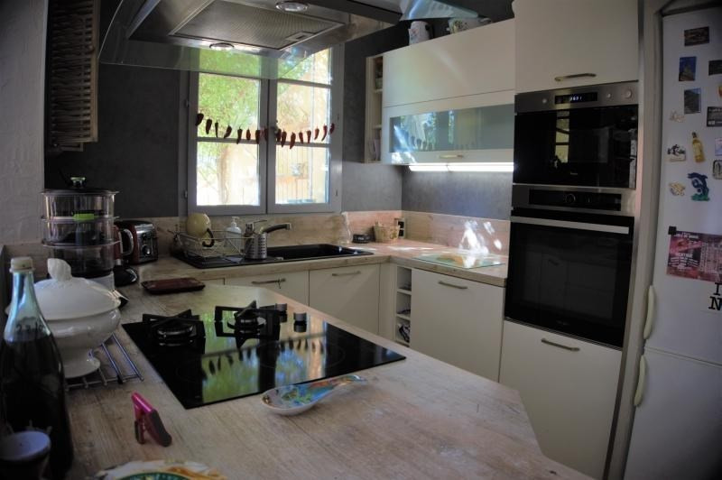 Sale house / villa Malemort du comtat 395000€ - Picture 4