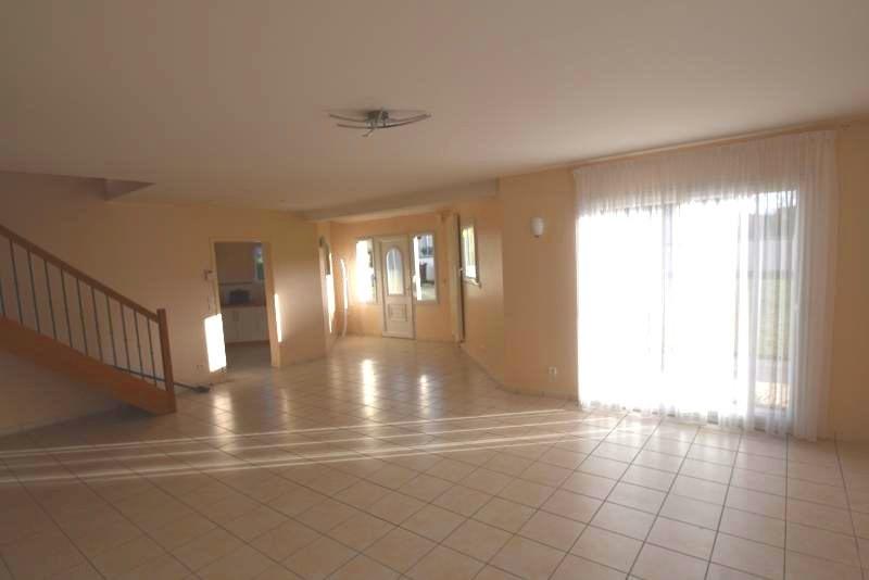 Location maison / villa Agneaux 810€ CC - Photo 2