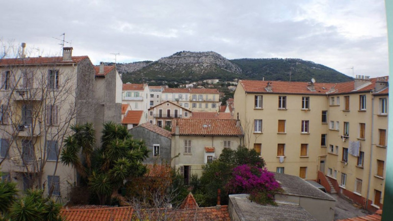 Locação apartamento Toulon 460€ CC - Fotografia 5