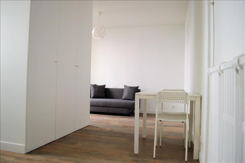 Rental apartment Nanterre 801€ CC - Picture 2