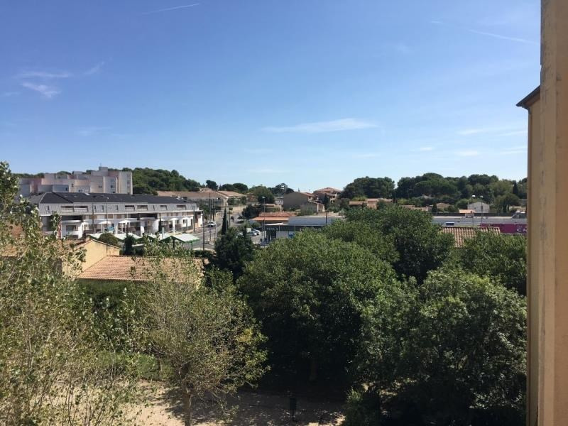 Vente appartement Salon de provence 107 000€ - Photo 2