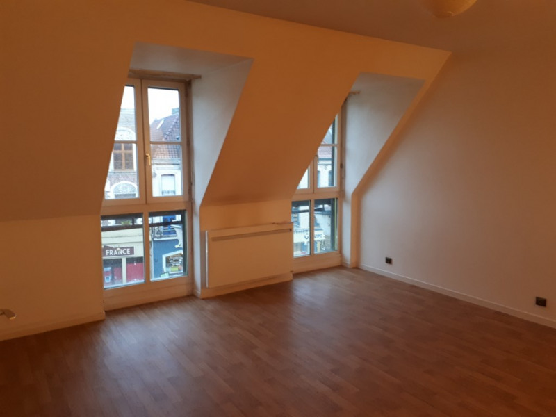 Rental apartment Saint omer 450€ CC - Picture 2