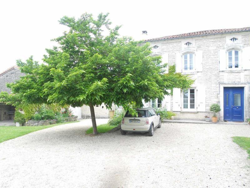 Sale house / villa Rouillac 230000€ - Picture 3