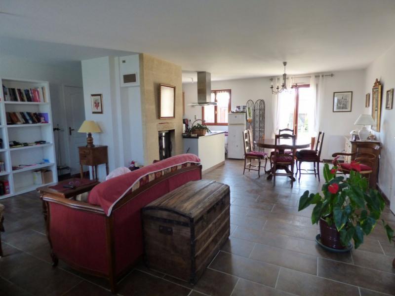 Sale house / villa Les andelys 212000€ - Picture 2