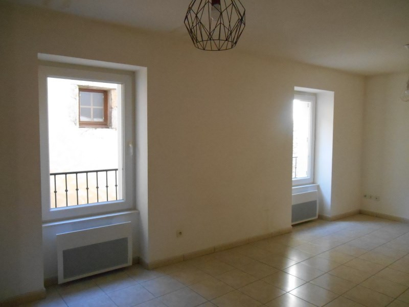 Rental apartment Cerdon 415€ CC - Picture 1