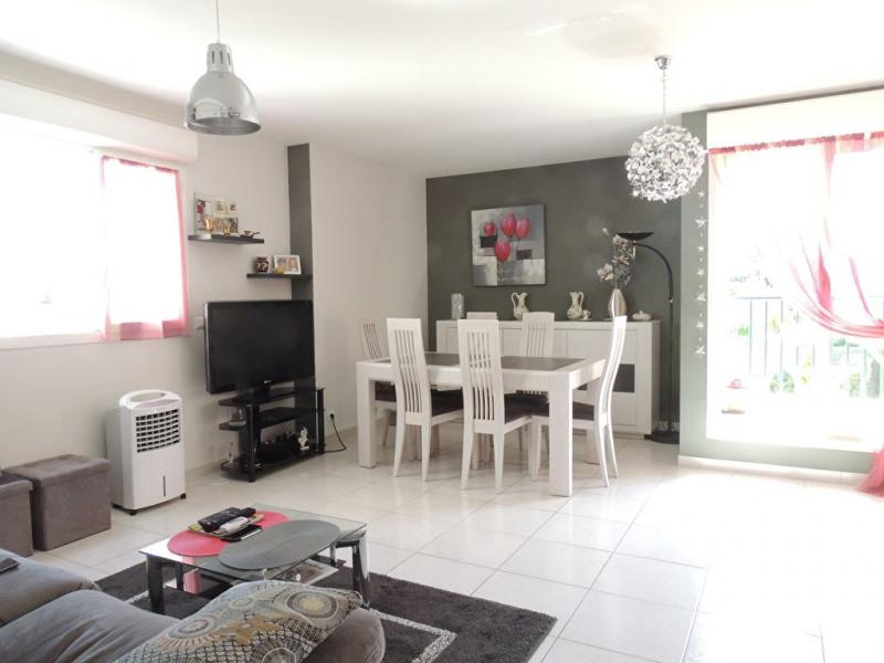 Sale apartment Royan 250000€ - Picture 2