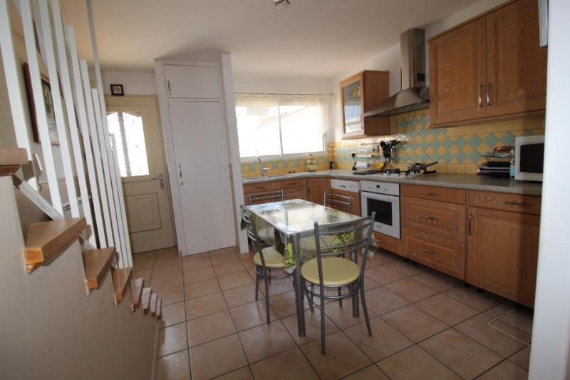 Vente maison / villa Hyeres 280900€ - Photo 6
