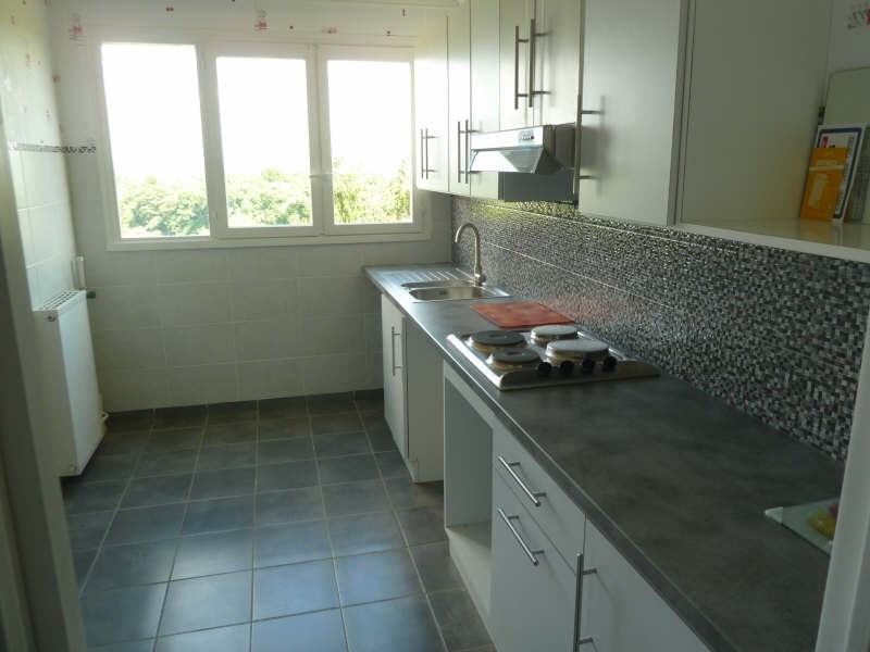 Rental apartment Andresy 870€ CC - Picture 4