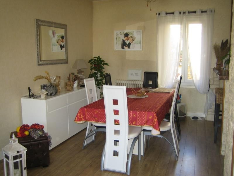 Location maison / villa Perigueux 699€ CC - Photo 4