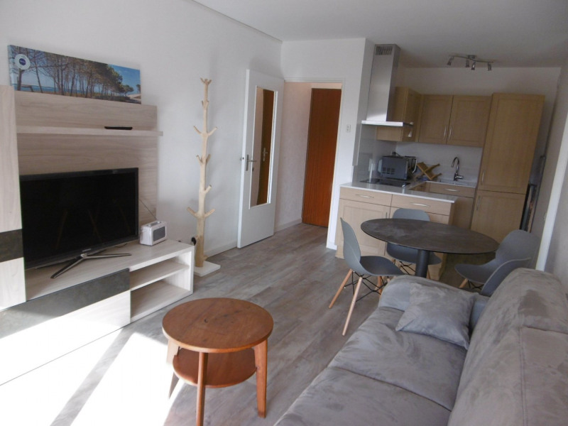 Vacation rental apartment Arcachon  - Picture 1