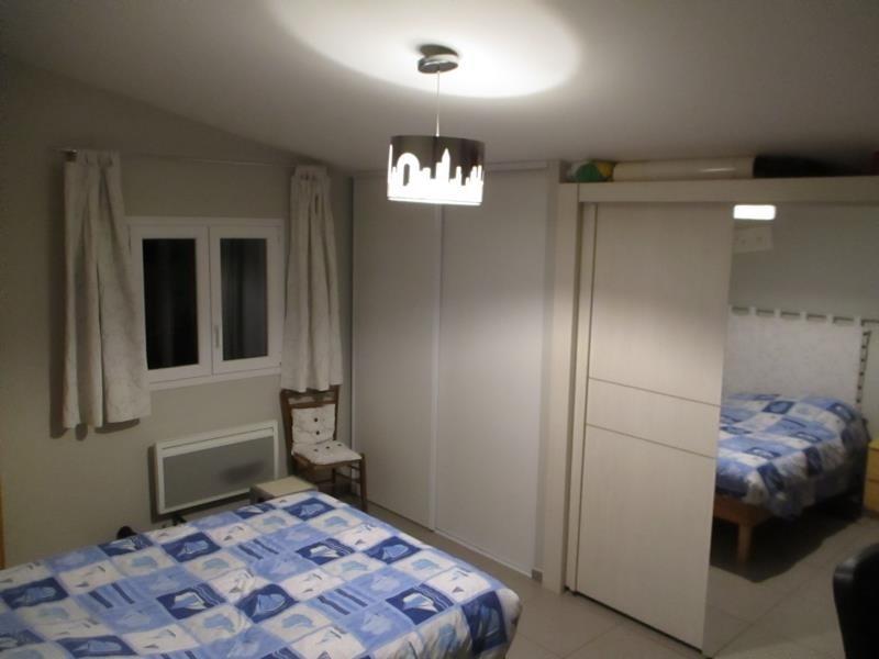 Location maison / villa Salon de provence 1150€ CC - Photo 8