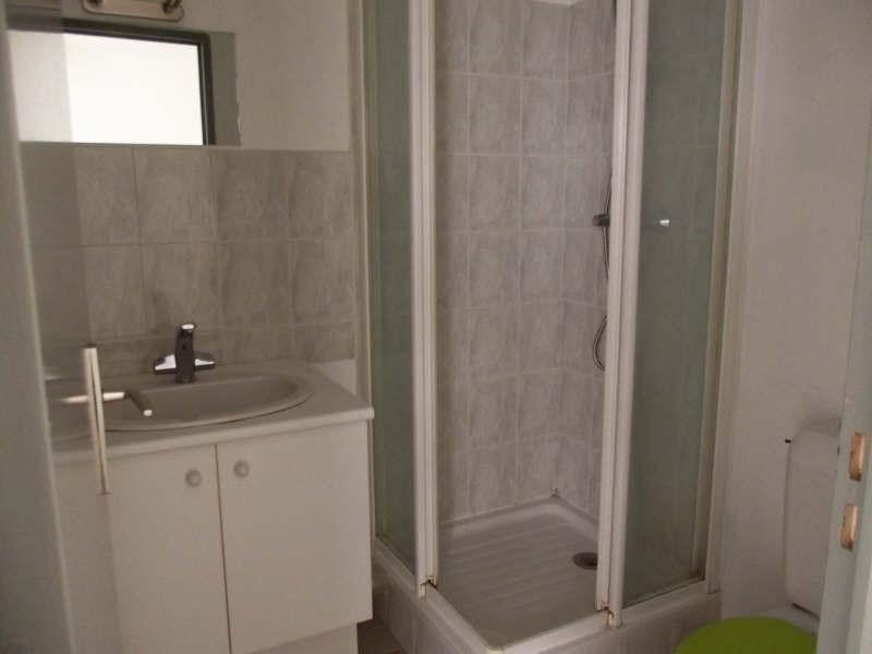 Location appartement Yvetot 380€ CC - Photo 3