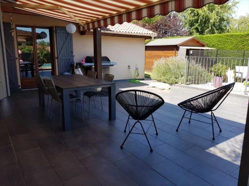 Sale house / villa Villefranche sur saone 449000€ - Picture 3