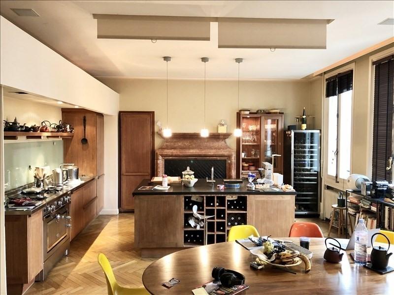 Rental apartment Lyon 3ème 3188€ CC - Picture 1