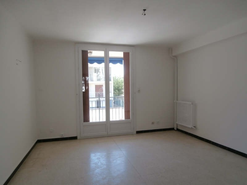 Rental apartment Salon de provence 675€ CC - Picture 4