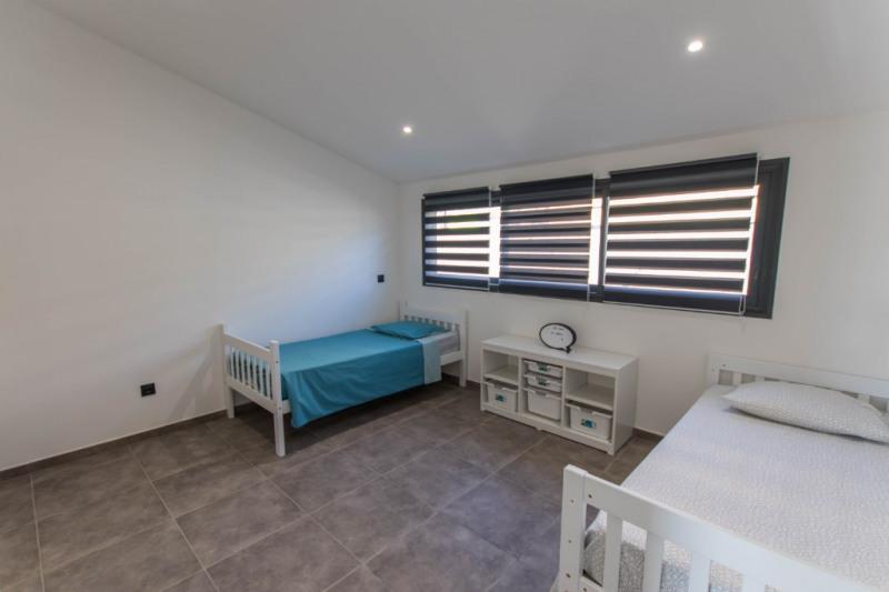 Deluxe sale house / villa Saint gilles les bains 605000€ - Picture 8