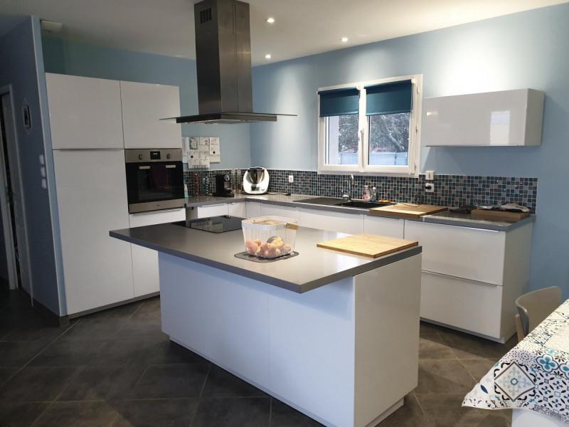 Sale house / villa Eyzin pinet 315000€ - Picture 3