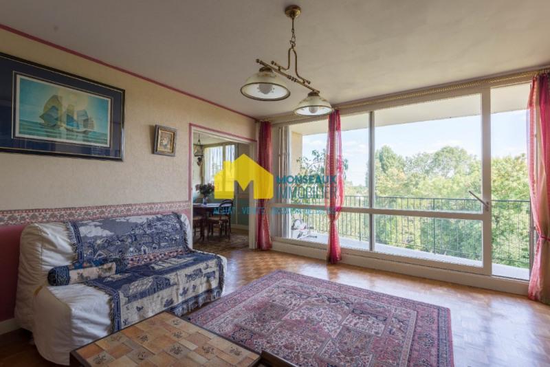 Sale apartment Ballainvilliers 217000€ - Picture 1