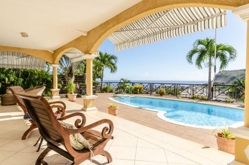 Deluxe sale house / villa Saint gilles les bains 850000€ - Picture 1