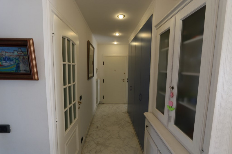 Deluxe sale apartment Nice 765000€ - Picture 3