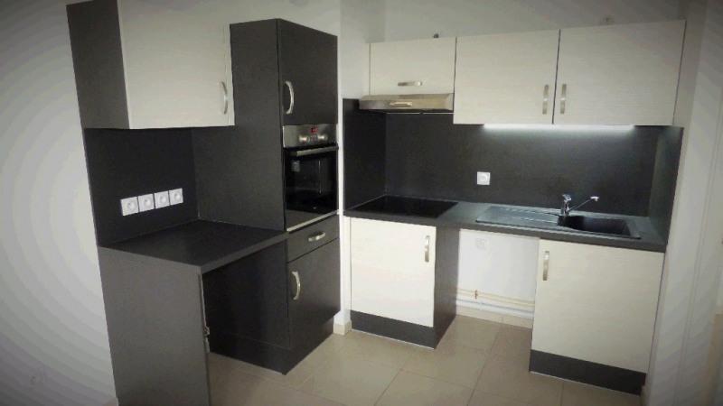 Rental apartment Gex 1682€ CC - Picture 2