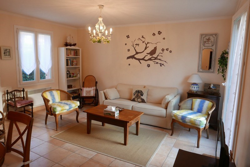 Sale house / villa St arnoult 318 000€ - Picture 3