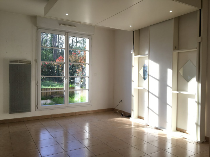 Rental apartment Herblay 530€ CC - Picture 1