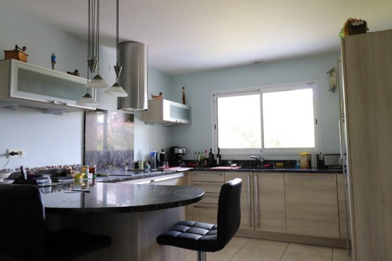 Sale house / villa Gan 320000€ - Picture 4