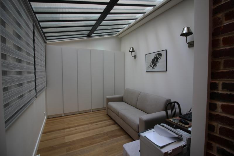 Location appartement Paris 18ème 1145€ CC - Photo 3