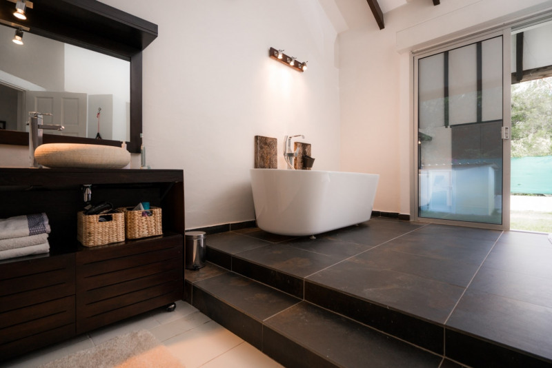 Vermietung von ferienwohnung haus Saint gilles les bains 1820€ - Fotografie 14