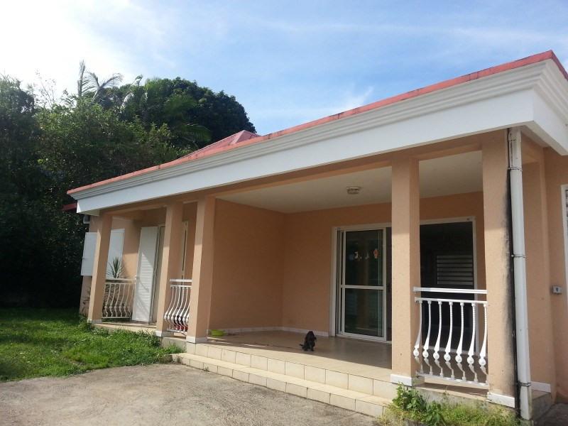 Location maison / villa Les trois mares 900€ +CH - Photo 1
