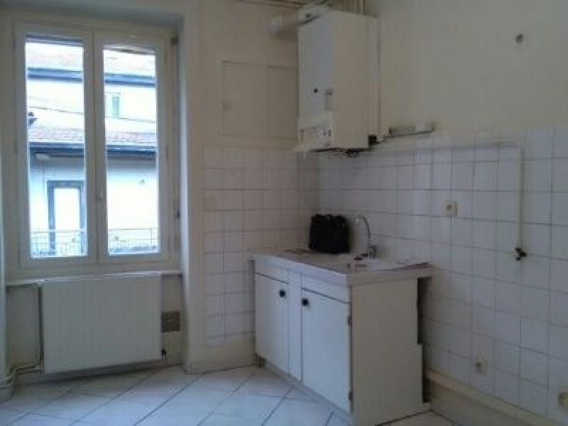 Location appartement Oullins 547€ CC - Photo 4