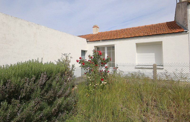 Vente maison / villa Barbatre 241 200€ - Photo 1