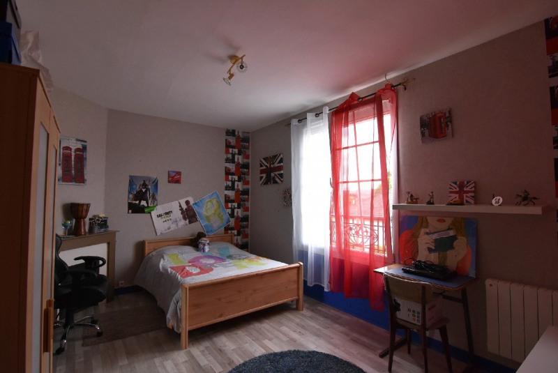 Sale house / villa Bornel 265000€ - Picture 2