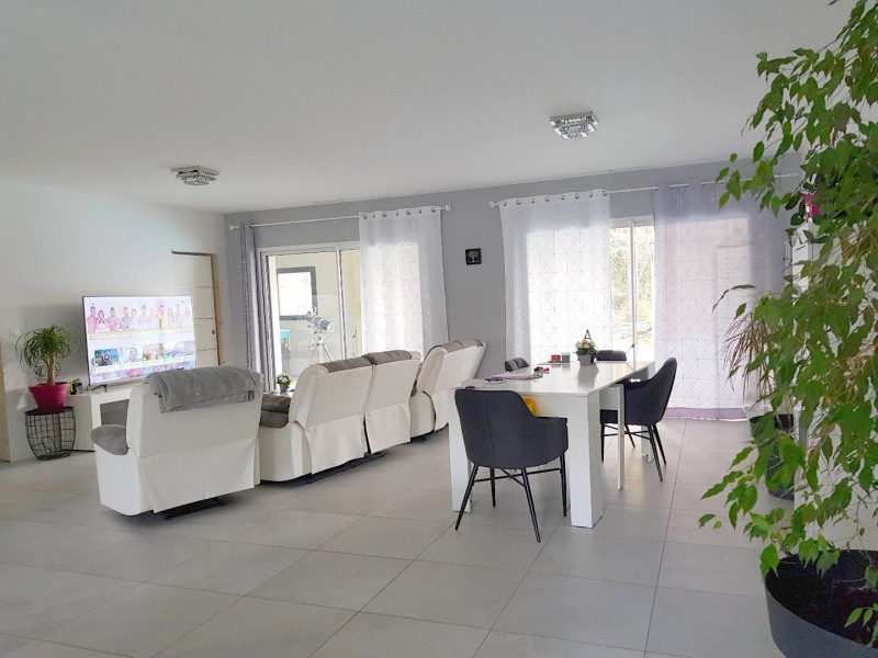 Sale house / villa Baziege 399 000€ - Picture 1