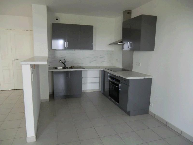 Rental apartment Aix les bains 868€ CC - Picture 4