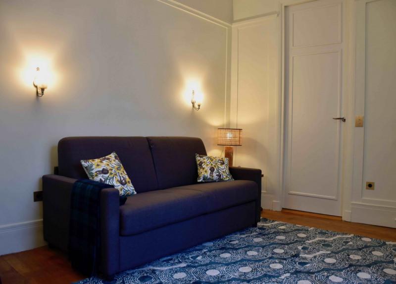 Rental apartment Paris 8ème 1425€ CC - Picture 3
