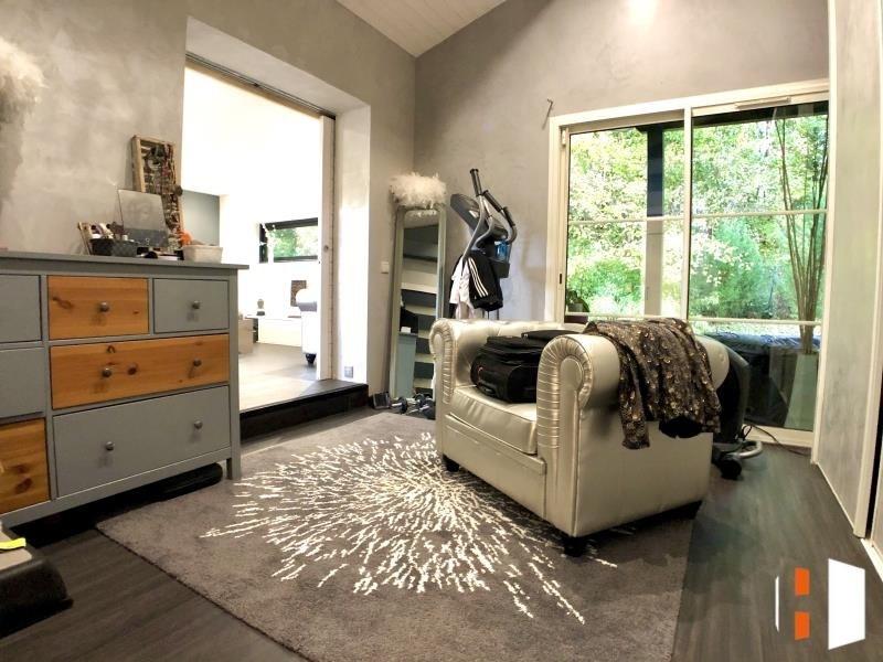 Sale house / villa St quentin de baron 399000€ - Picture 5