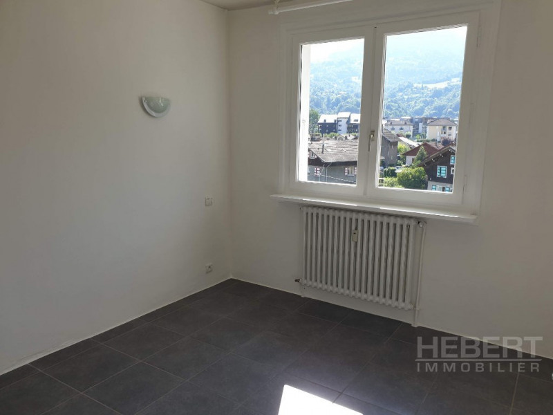 Location appartement Sallanches 750€ CC - Photo 12