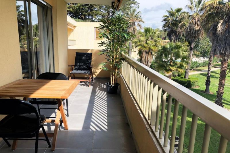 Sale apartment Juan-les-pins 330000€ - Picture 4