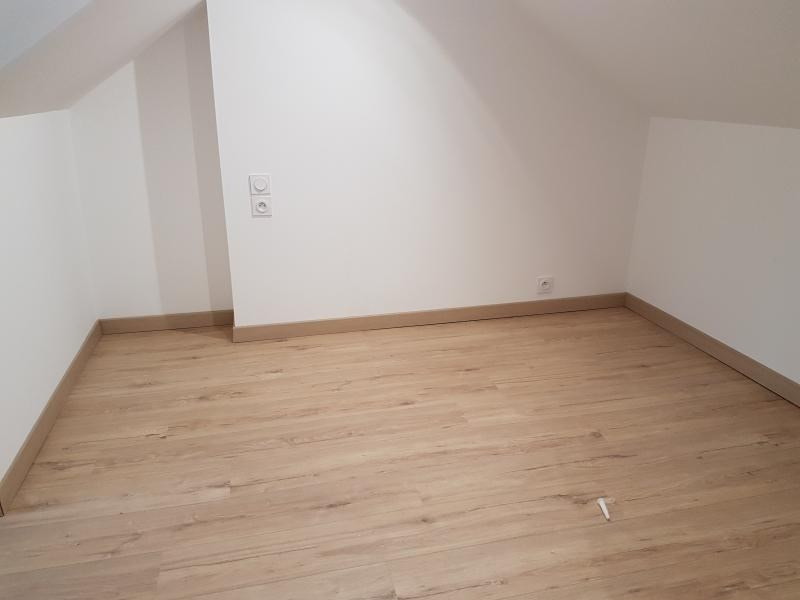 Location maison / villa Laval 680€ CC - Photo 6