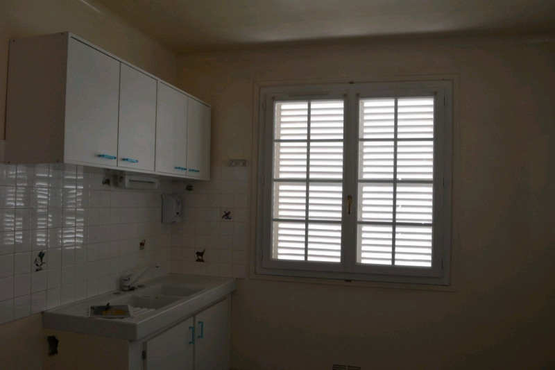 Rental house / villa Chambly 1250€ CC - Picture 4